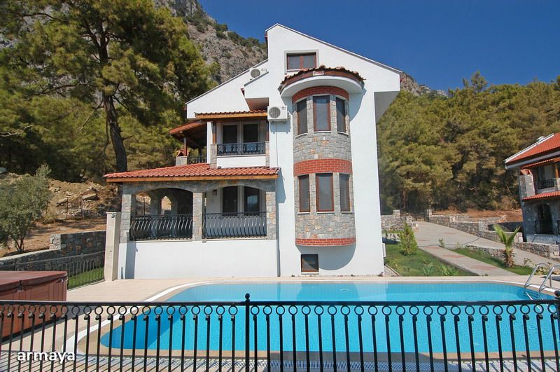 5 Bedroom Villas in Gocek ,Fethiye for sale